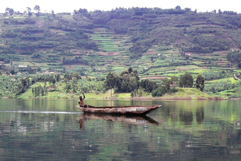 Gorilla Tracking Africa - Uganda Rwanda Best Destinations